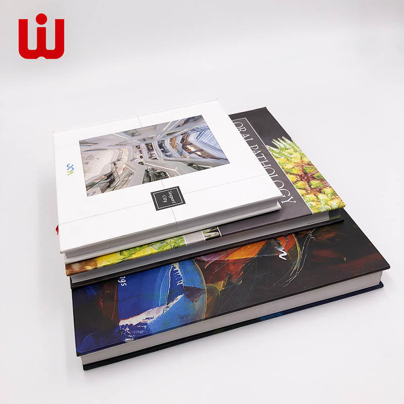 Custom Recycled Paper Magazine Printing Low Cost Fashion
